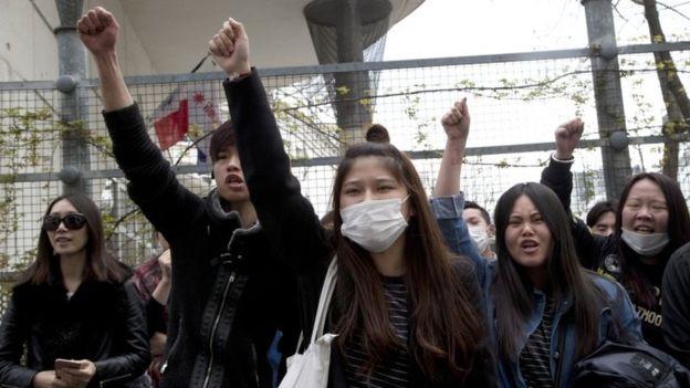 Паризький мітинг переріс у зіткнення з владою